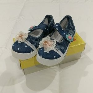 NWT Sz 8 Canvas Mary Jane with Bow Detail